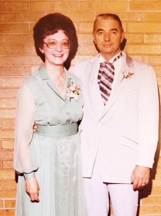 Cặp vợ chồng chung sống 70 năm, chết cách nhau vài phút - Ảnh 2.