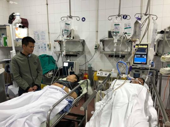 Bệnh nhân tại khoa Cấp cứu, Bệnh viện Việt Đức dịp Tết