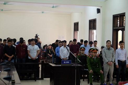 Các bị cáo tại tòa. (ảnh: TG)