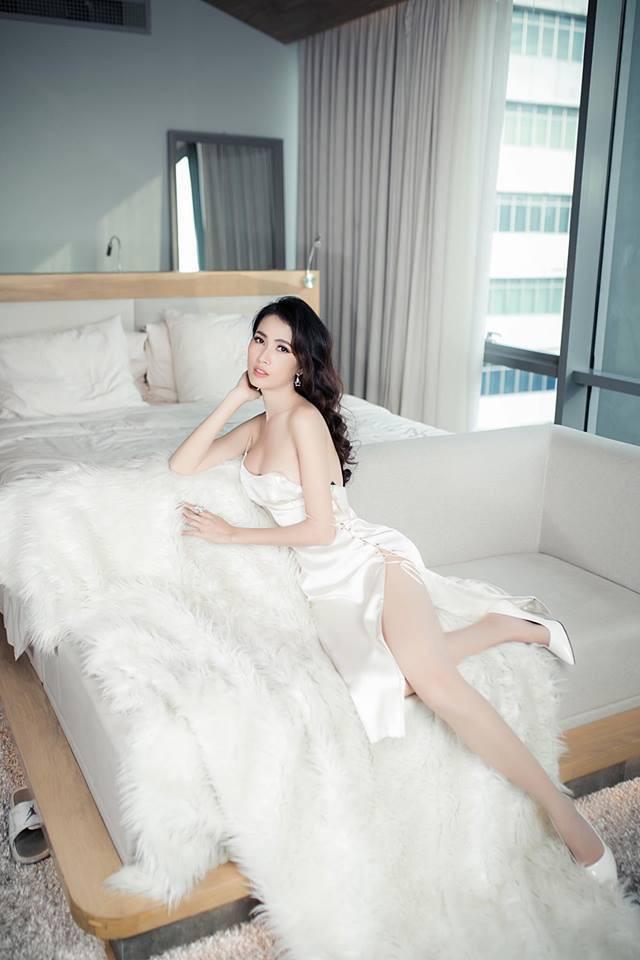 Phan Thị Mơ bận rộn hơn kể từ khi đăng quang Hoa hậu Đại sứ Du lịch Thế giới 2018. Cô cho biết bản thân đang nỗ lực hết sức để chuyển hướng sang con đường diễn xuất.
