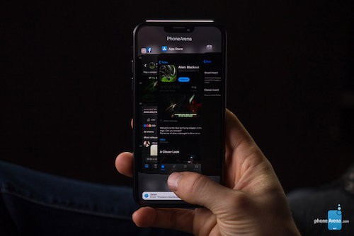 Concept iPhone XI với tai thỏ nhỏ hơn, chạy iOS 13.