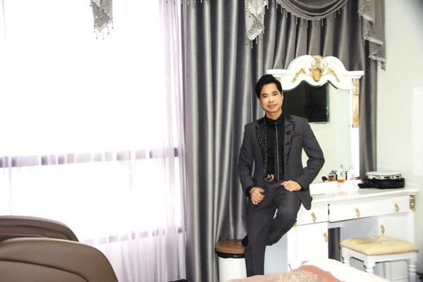 Cuối năm 2017, Ngọc Sơn tiếp tục mua thêm một căn nhà ở Hà Nội vì yêu quý khán giả ở thủ đô.