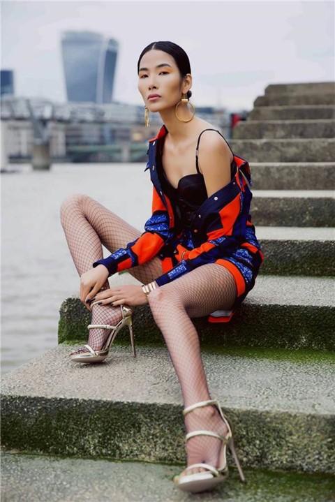 Sau khoảng thời gian phát triển tại thị trường quốc tế, cô trở về Việt Nam hoạt động và trở thành vedette sáng giá trong giới mẫu trẻ. Giới chuyên môn nhận định, không nhiều người mẫu thế hệ mới có chuyên môn tốt và toát ra được chất riêng như Hoàng Thùy.