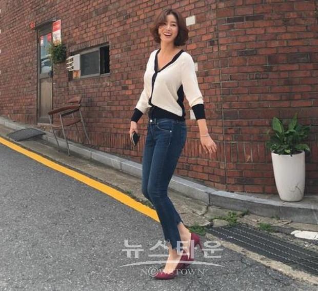 Hình ảnh đời thường của U60 Kim Sung Ryung