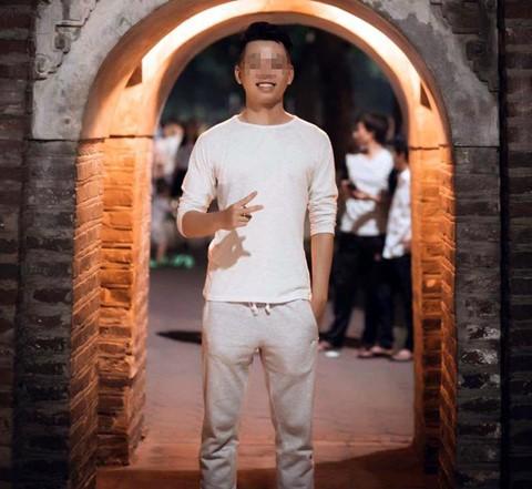Chàng sinh viên quê Lào Cai cao 1,82 m có mơ ước làm diễn viên. Ảnh: NVCC.