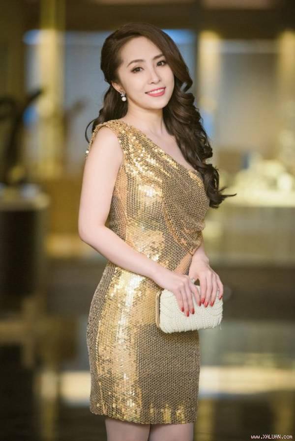 Quỳnh Nga có sự trở lại bất ngờ sau thời gian ly hôn.