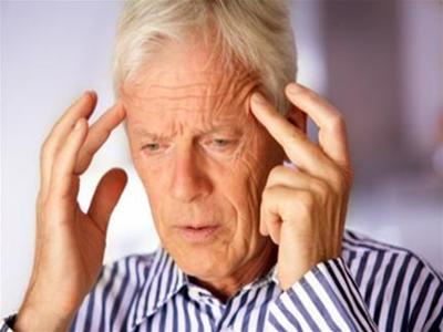 Người bị rối loạn tuần hoàn não cần kiểm tra sức khỏe định kỳ ở các cơ sở y tế có đủ trang thiết bị để được thầy thuốc theo dõi, điều trị và tư vấn sức khỏe một cách khoa học. Ảnh minh họa