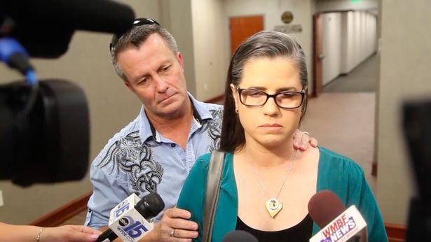 Bố mẹ của Heather tại phiên tòa xét xử Tammy