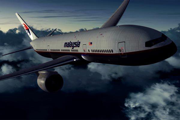 Người tìm thấy mảnh vỡ máy bay MH370 nhận nhiều tin nhắn dọa giết - Ảnh 2.