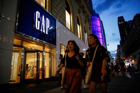 Hồi đầu năm, Gap tuyên bố đóng cửa 230 cửa hàng trong năm nay. Ảnh: Reuters.