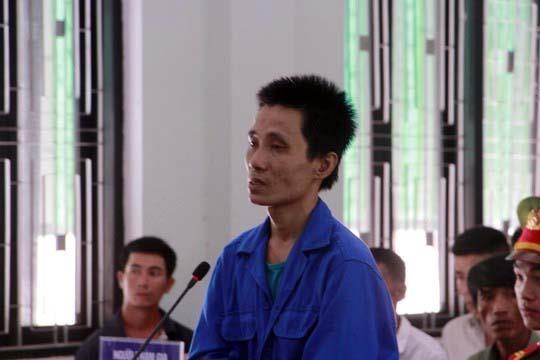 Việt nhận án chúng thân về tội Giết người, Cướp tài sản. Ảnh: C.Đ.