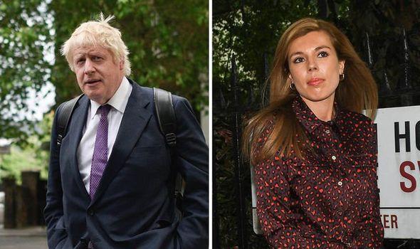 Bạn gái dọn đến sống chung với tân Thủ tướng Anh dù ông này chưa ly dị vợ, kẻ thứ 3 gây chú ý khi sao chép Công nương Kate - Ảnh 1.