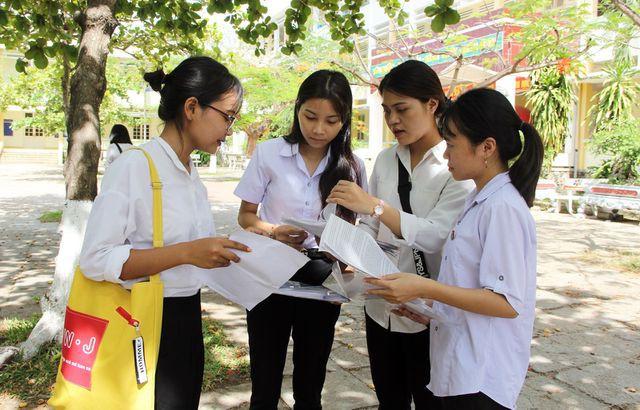 Phú Yên: Thêm 7 thí sinh đỗ tốt nghiệp THPT sau khi phúc khảo bài thi - Ảnh 1.