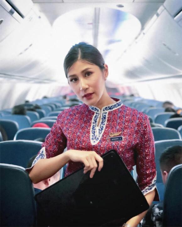 Nữ tiếp viên hàng không xinh đẹp Thái Lan qua đời vì muỗi đốt - Ảnh 2.