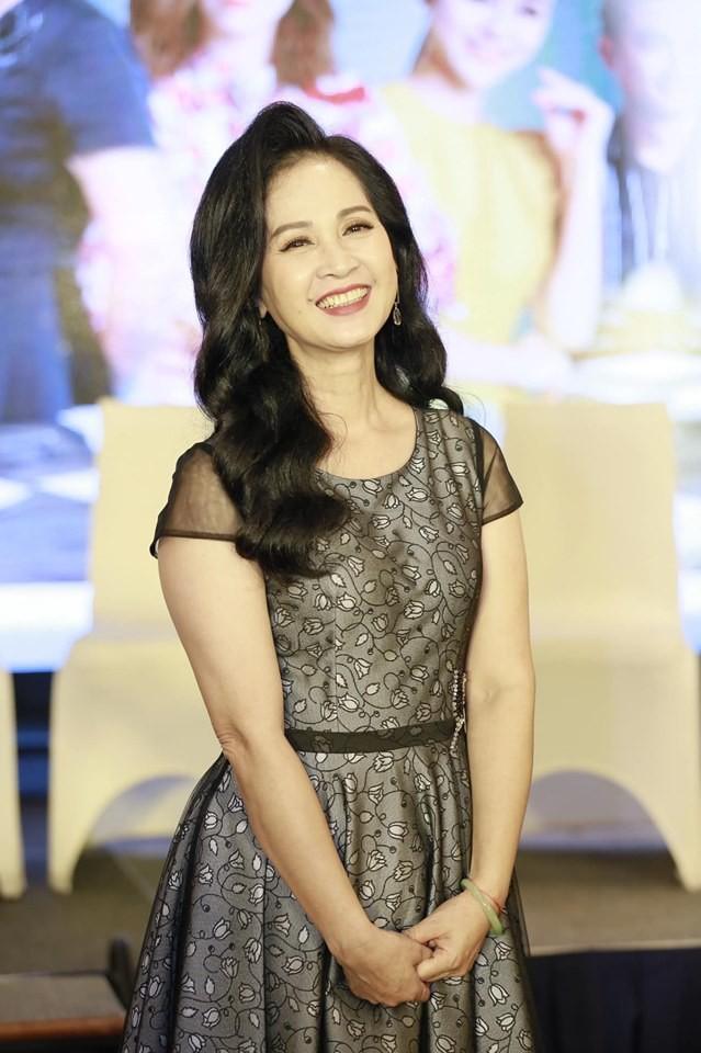Mẹ chồng NSND Lan Hương: Bảo Thanh, Thu Quỳnh nhảy vọt trong Về nhà đi con - Ảnh 2.