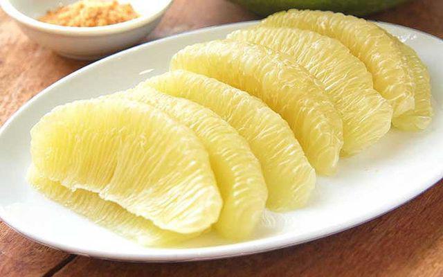Loại trái cây ngừa ung thư, giảm huyết áp, nhưng nếu ăn sai cách có thể gây nguy hiểm - Ảnh 2.