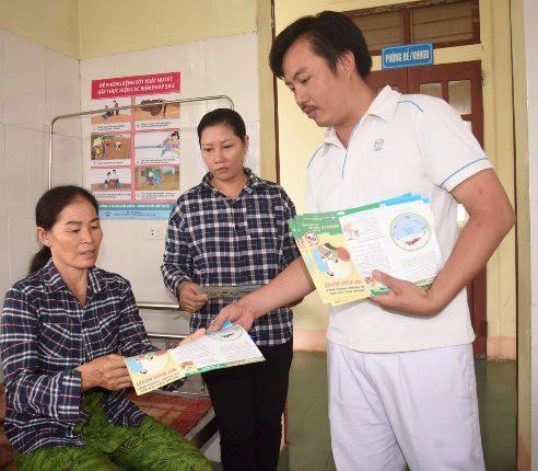 Một huyện ở Nghệ An có 106 người mắc sốt xuất huyết - Ảnh 2.