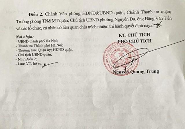 """Hà Nội: Cụ bà 77 tuổi """"cạn nước mắt"""" vì 1 văn bản của Phó chủ tịch quận sắp được chạm tay vào sổ đỏ - Ảnh 6."""