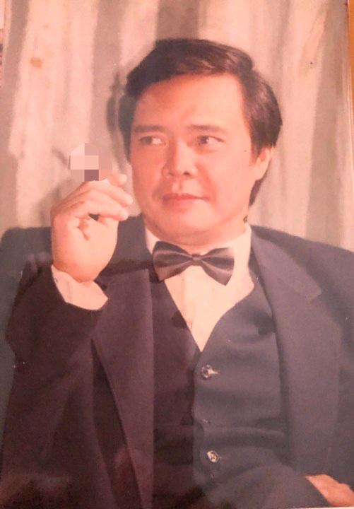 Gặp ca sĩ đẹp trai như Chánh Tín, từng nổi tiếng nhờ hát nhạc Phạm Tuyên - Ảnh 2.