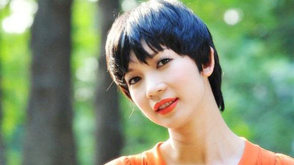 Chặng đường nhan sắc của Xuân Lan - Siêu mẫu vừa kết hôn lần 2 ở tuổi 42 - Ảnh 3.