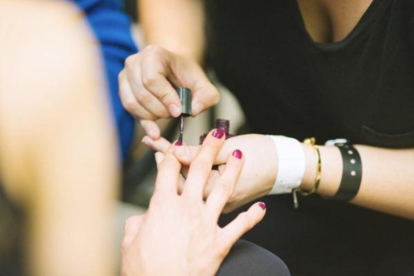 Thợ làm móng tiết lộ 7 điều mà các tiệm làm đẹp không muốn khách hàng biết, chị em có nhu cầu làm đẹp cẩn trọng nếu không muốn mắc ung thư - Ảnh 4.