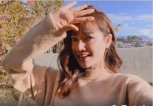 Nhã Phương trẻ hơn 10 tuổi chỉ nhờ thay đổi màu tóc chuẩn bị ăn Tết - Ảnh 3.