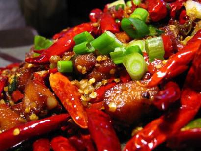 Thực phẩm khiến vừa nhanh già, vừa khiến da đầy mụn, nhiều người Việt mê ăn hằng ngày - Ảnh 2.