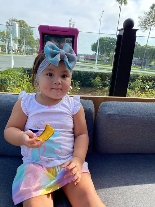 Con gái 3 tuổi như bản sao lúc nhỏ của Y Phụng - Ảnh 11.