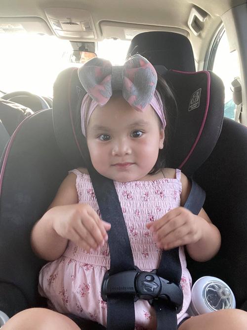 Con gái 3 tuổi như bản sao lúc nhỏ của Y Phụng - Ảnh 9.