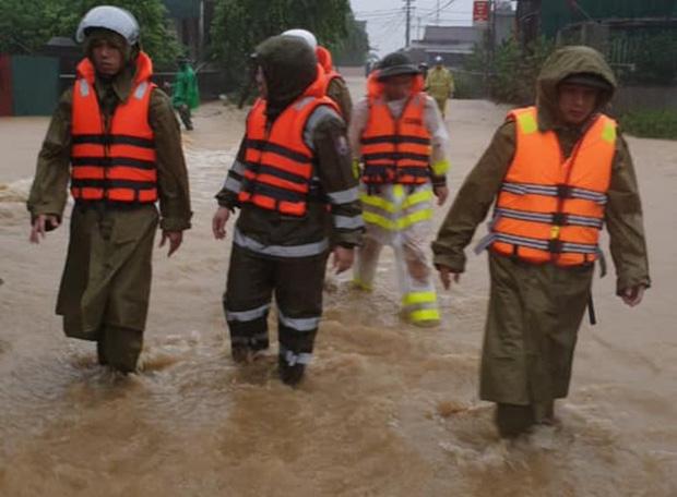 Hà Tĩnh: Bé gái 3 tuổi mất tích trong mưa lũ - Ảnh 1.