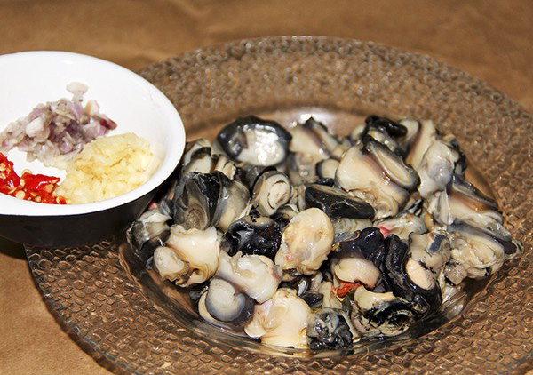 Mẹo khử mùi tanh của hải sản chỉ bằng các nguyên liệu đơn giản - Ảnh 2.
