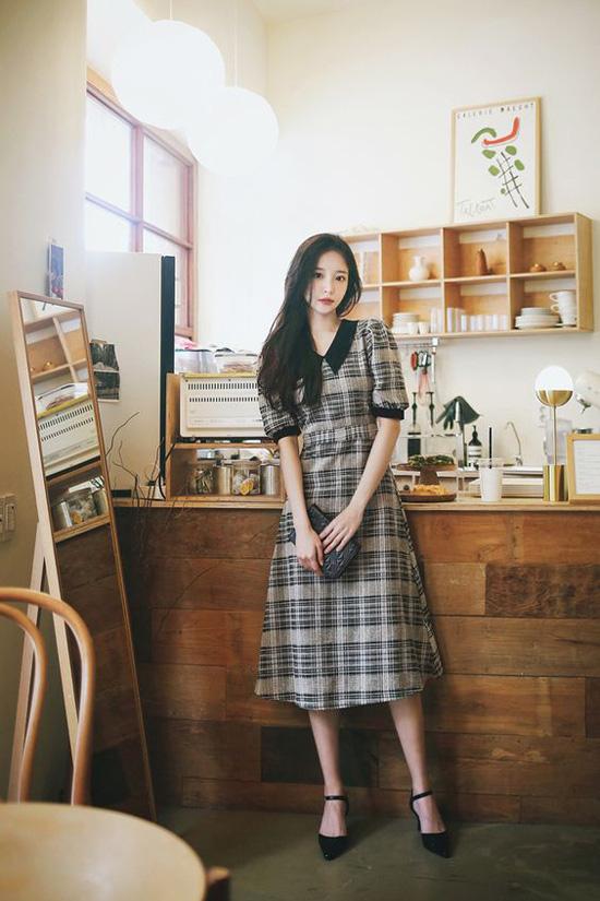 Những kiểu đầm cổ điển mùa thu cho nàng công sở - Ảnh 10.
