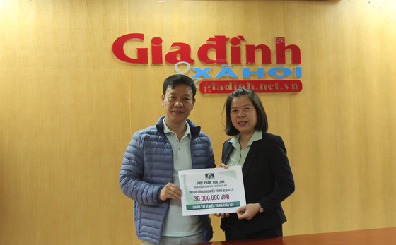 Dược Hoa Linh đồng hành Báo Gia đình & Xã hội hỗ trợ miền Trung khắc phục hậu quả thiên tai - Ảnh 2.