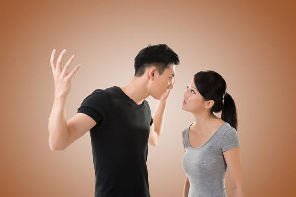 Vợ chồng suốt ngày mạt sát nhau nhưng sau ly hôn bất ngờ ứng xử lịch sự - Ảnh 1.