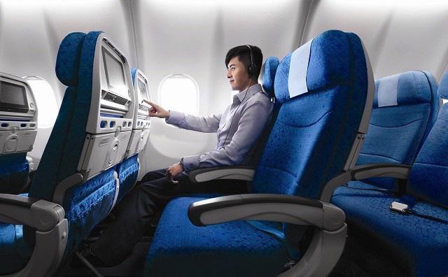 Không phải tự nhiên mà ghế máy bay thường có màu xanh, lý do liên quan đến cả sức khỏe của hành khách - Ảnh 2.