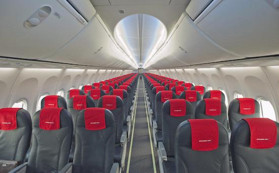 Không phải tự nhiên mà ghế máy bay thường có màu xanh, lý do liên quan đến cả sức khỏe của hành khách - Ảnh 3.