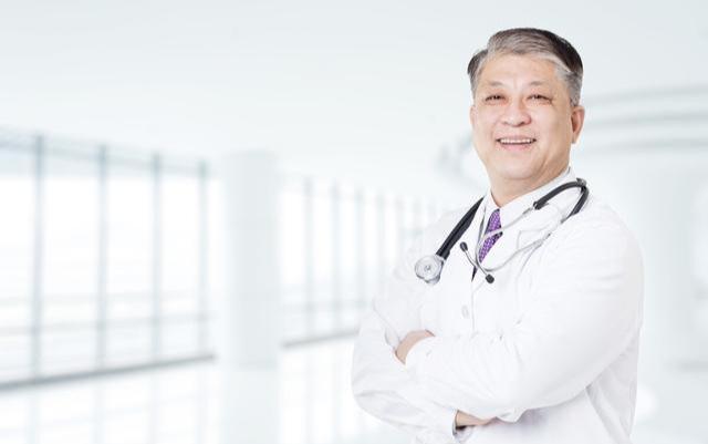 Mắc 2 bệnh ung thư 20 năm, Viện sĩ 80 tuổi đến nay vẫn sống khỏe, bí quyết của ông nằm ở 3 việc không tốn một xu - Ảnh 1.