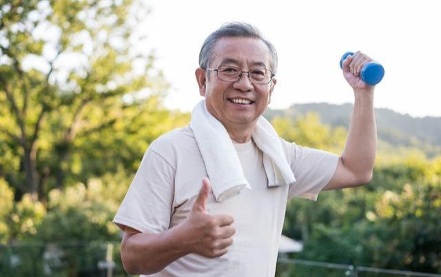Mắc 2 bệnh ung thư 20 năm, Viện sĩ 80 tuổi đến nay vẫn sống khỏe, bí quyết của ông nằm ở 3 việc không tốn một xu - Ảnh 2.