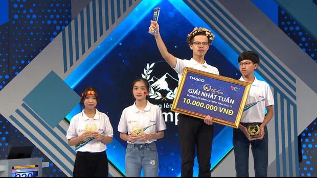 Loạt biểu cảm dễ thương của nữ sinh Thái Nguyên dậy sóng Olympia, bất ngờ nhất là kỷ lục xoay rubik dưới 40 giây - Ảnh 6.