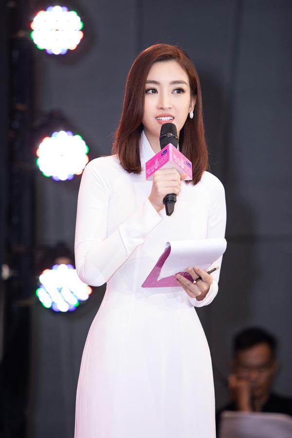 Đỗ Mỹ Linh: Người đẹp phố cổ 4 năm đăng quang Hoa hậu và chặng đường bền bỉ giữ gìn vương miện - Ảnh 5.