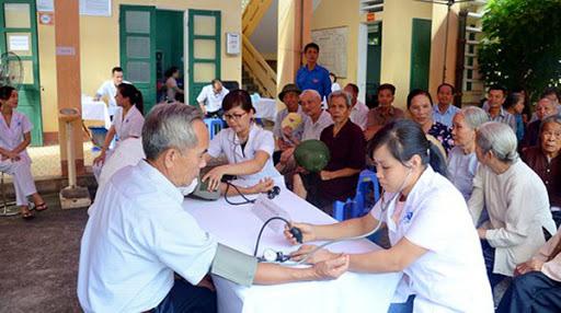 Chính sách để thích ứng với già hóa dân số ở Việt Nam - Ảnh 2.