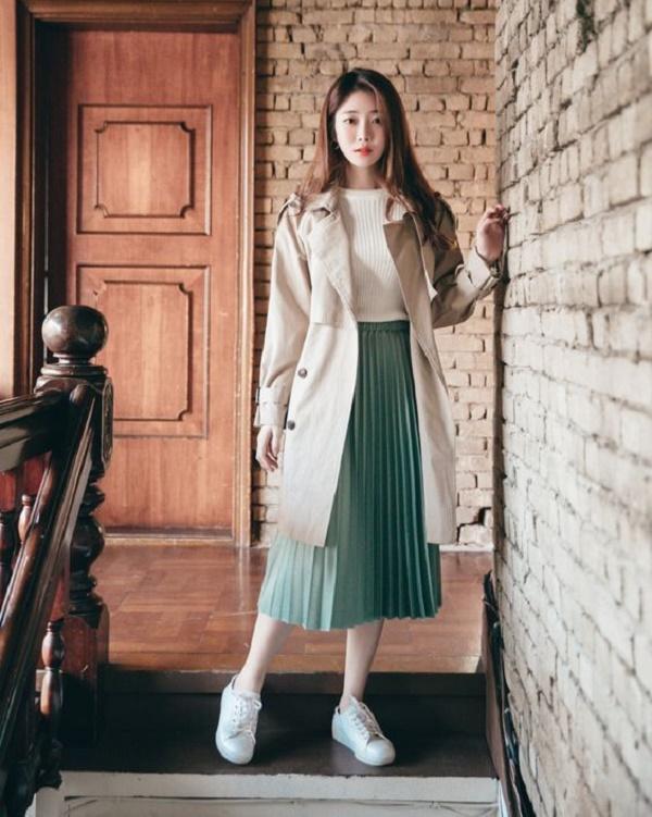 3 cách phối áo len chất lừ mùa thu đông 2020, những cô nàng quê mùa nhất cũng có thể dễ dàng thực hiện thành thạo - Ảnh 12.