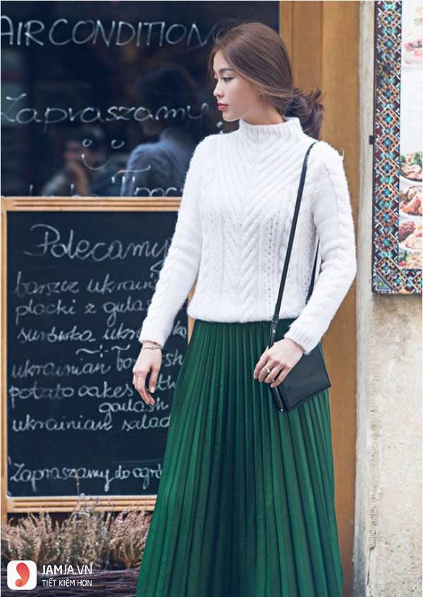 3 cách phối áo len chất lừ mùa thu đông 2020, những cô nàng quê mùa nhất cũng có thể dễ dàng thực hiện thành thạo - Ảnh 11.