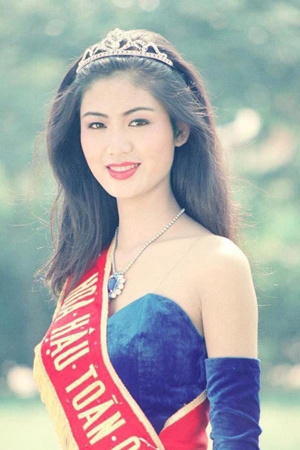 3 Hoa hậu Việt Nam tài sắc vẹn toàn nhưng tình duyên lận đận, có người 2 lần đò không bến đỗ - Ảnh 6.