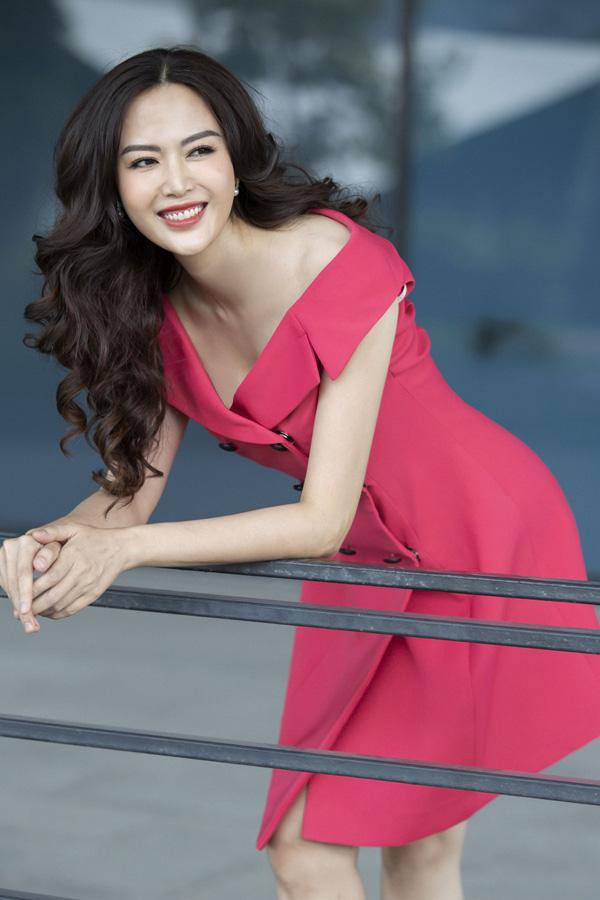 3 Hoa hậu Việt Nam tài sắc vẹn toàn nhưng tình duyên lận đận, có người 2 lần đò không bến đỗ - Ảnh 7.