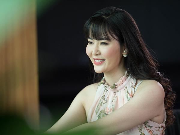 3 Hoa hậu Việt Nam tài sắc vẹn toàn nhưng tình duyên lận đận, có người 2 lần đò không bến đỗ - Ảnh 8.