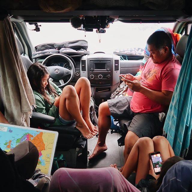 """Gia đình """"du mục"""" vừa nuôi 3 con vừa đi du lịch vòng quanh thế giới - Ảnh 6."""