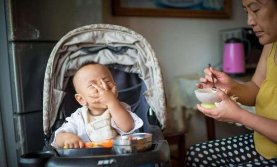 Hiểu biết sai lầm khi nuôi con trẻ khiến bố mẹ đau lòng vì con phải trả giá (P2) - Ảnh 2.