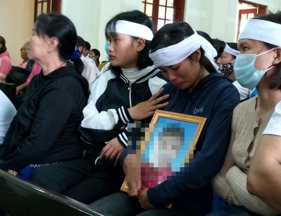 Tuyên án vụ nam sinh lớp 11 giấu bé trai 5 tuổi trong rừng dẫn đến tử vong - Ảnh 3.