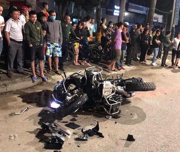 Xe phân khối lớn chạy tốc độ kinh hoàng đâm vào xe máy khiến 3 người thương vong - Ảnh 2.